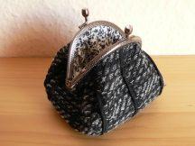 Fekete pénztárca 8 cm