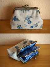 Clutch purse with blue roses