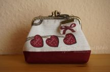 Double Clutch Purse with Roses and Key Ring, 10 cm